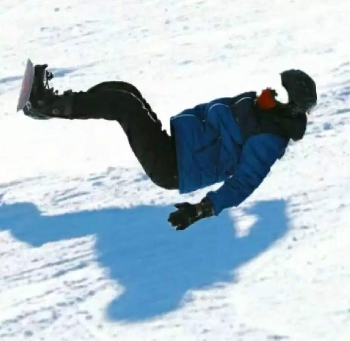 没摔过很多跤的律师不足以谈滑雪法律小常识
